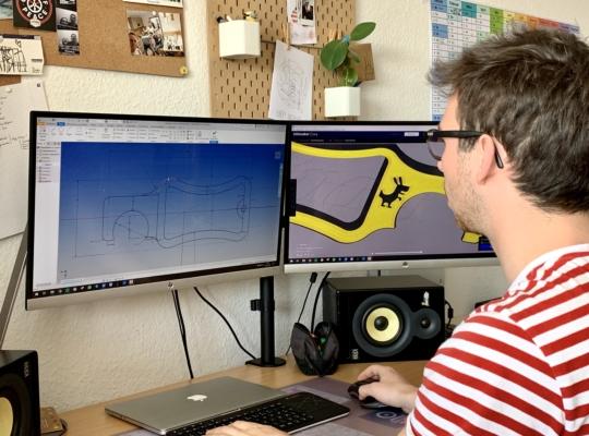 Tür-Rex in der Produktion mithilfe eines 3D-Programms